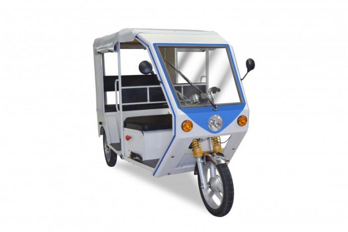 Рикша с электромотором от Terra Motors