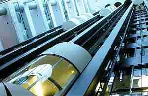 Hitachi строит скоростной лифт
