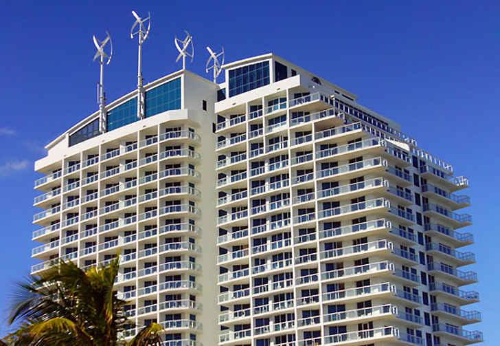 Ветровые турбины на отеле Hilton Fort Lauderdale Beach Resort
