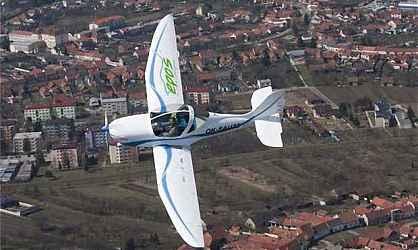 SportStar EPOS – электрический самолет